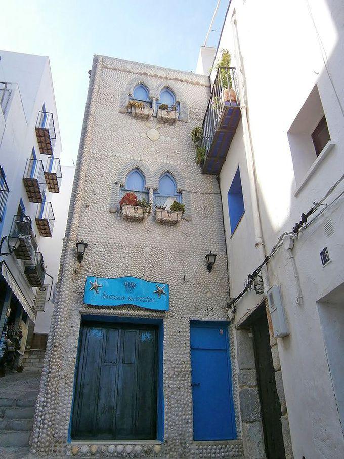 必見!貝殻で覆われた家「ラ・カサ・デ・ラス・コンチャス」
