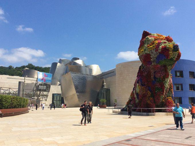 新生ビルバオのシンボル、グッゲンハイム美術館!