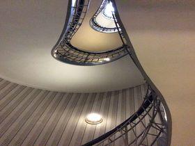 世界中でプラハだけのキュビズム建築「黒い聖母の家」の楽しみ方
