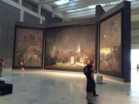 プラハで見逃せない!ミュシャの大連作「スラブ叙事詩」(ヴェルトゥルジュニー宮殿)