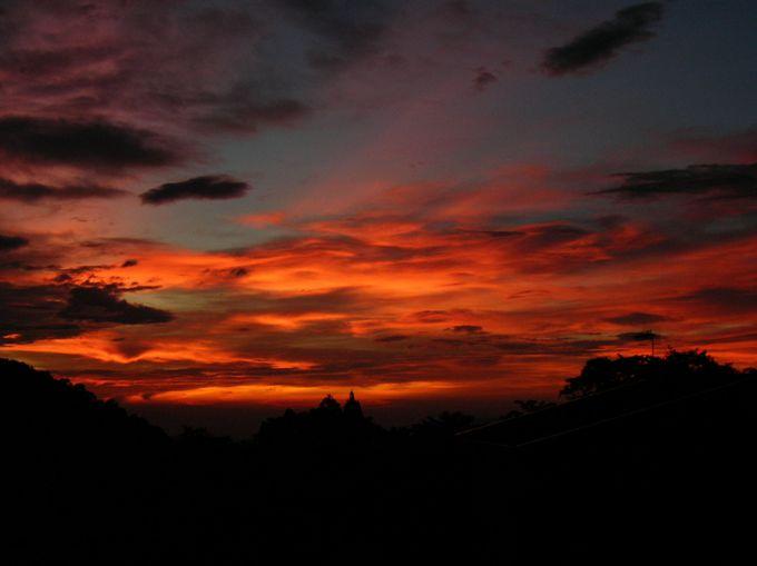 高い標高ならでは!夕日も夜景も最高!