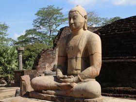 世界遺産!大仏教遺跡スリランカ・ポロンナルワで仏教のパワーを感じる