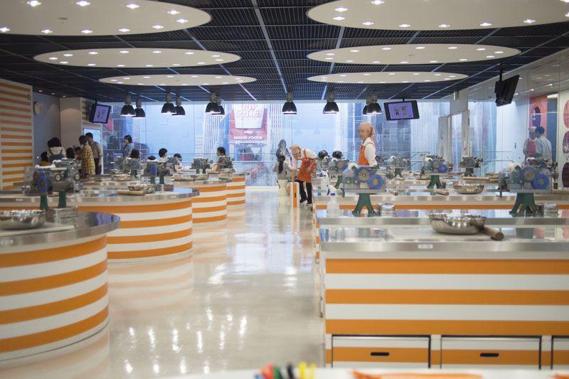 予約困難!池田市の「インスタントラーメン発明記念館」では世界に唯一のマイ・チキンラーメンが作れるぞ!