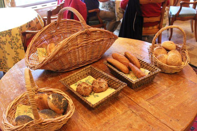 香ばしいアルザスのパン。