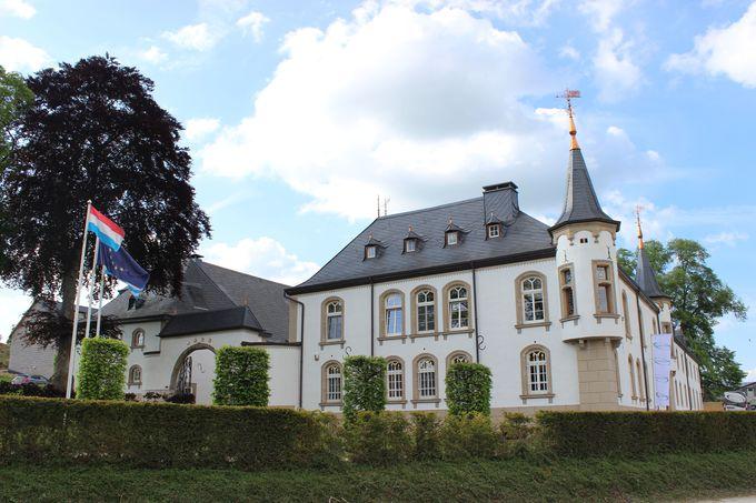 シャトードゥルスペルトは気品あふれる白鳥のようなルクセンブルグのお城