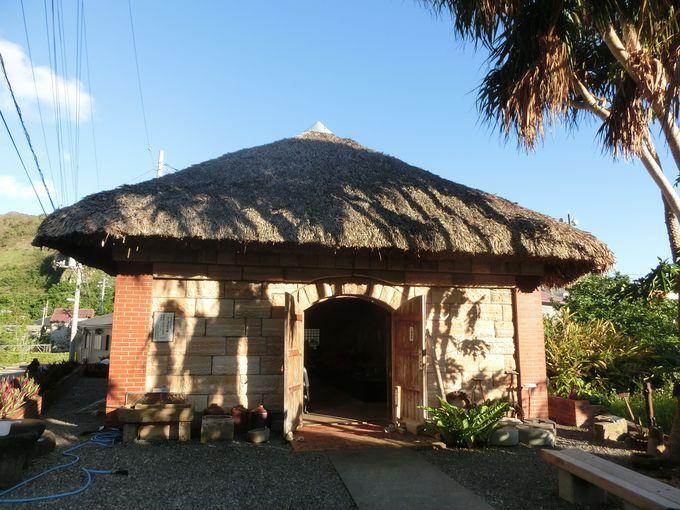 母島の歴史を知ることのできるロース記念館