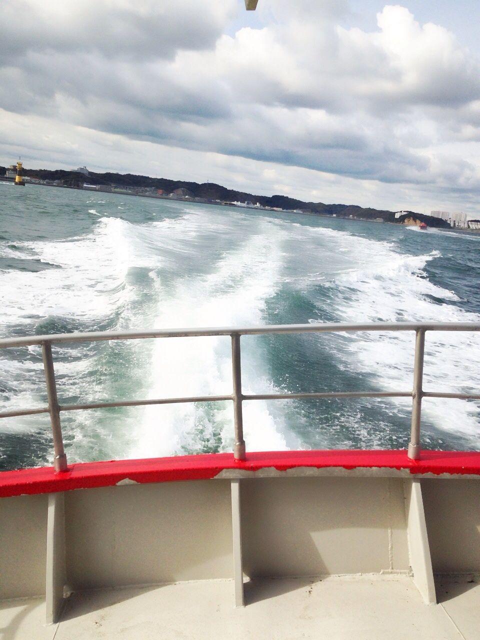 海上タクシーでお得!小型船舶を貸切って海を渡ろう!