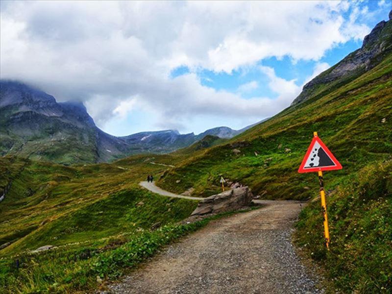 美しいアルプス山脈が広がるスイスのグリンデルワルトに行ってみよう!