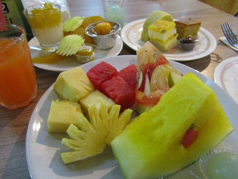 バンコクでフルーツ&絶景が食べ放題!バイヨークスカイホテル