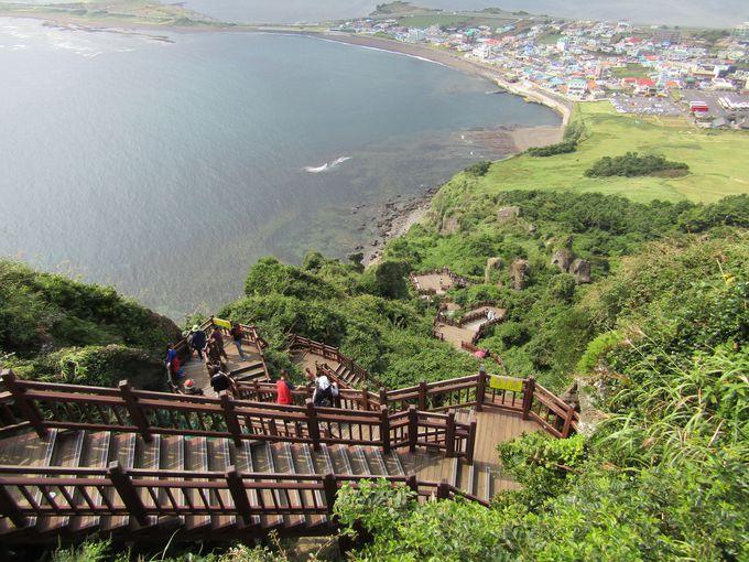 景色を楽しみながらの下山は一方通行
