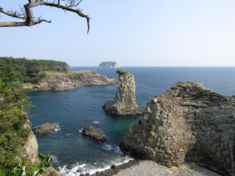「ネイチャーアイランド」韓国済州島で楽しむ自然の奇岩5選