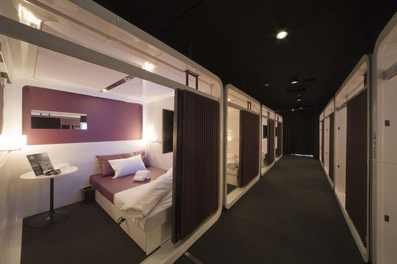 大阪・なんば駅直結のコンパクトホテル!ファーストキャビンは快適性重視の異次元空間