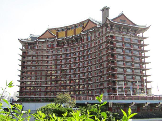 5.コモドホテル