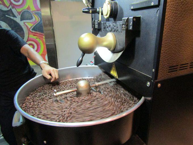 店内を見回すと数々のコーヒー器具が!