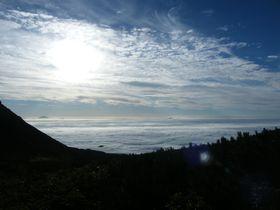 世界自然遺産・知床の「羅臼岳」で大自然キャンプ!|北海道|トラベルjp<たびねす>
