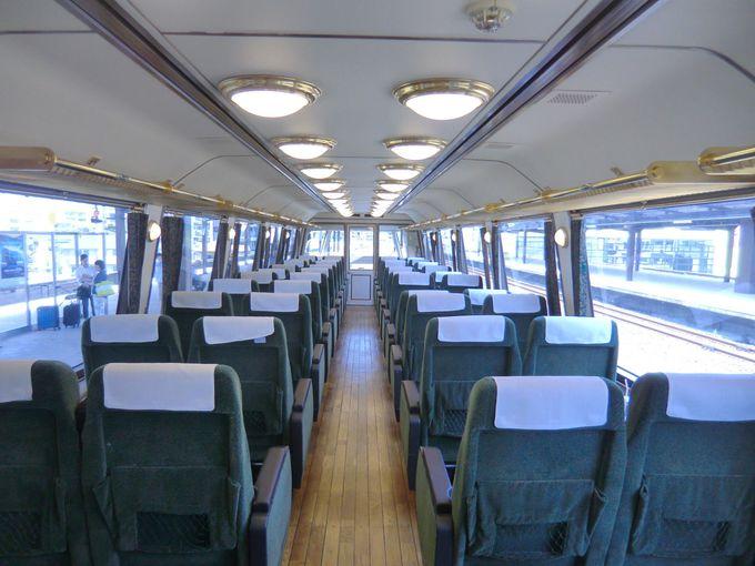 下り線(博多発)は進行方向に向かって右側の座席、上り線は左側の座席がおススメ