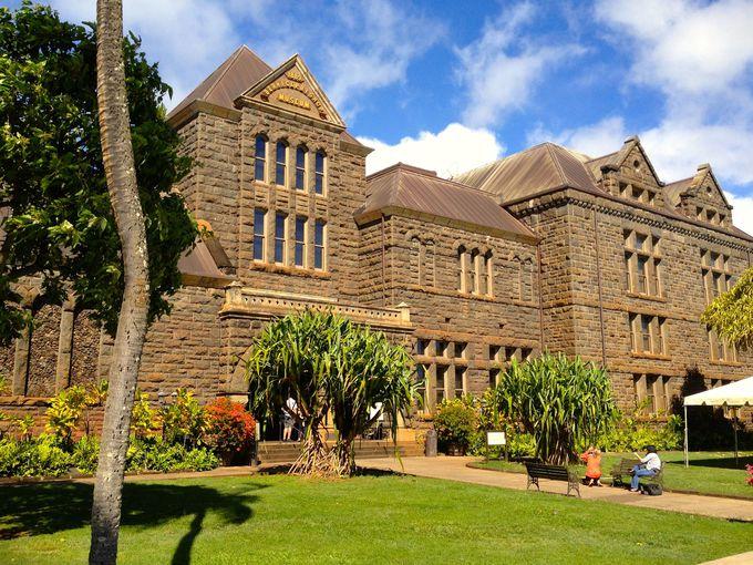 ポリネシア文化とその歴史から、ハワイ本来の姿を学ぶ。