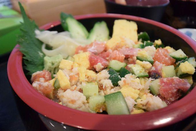 北海道の海の幸が食べたい!観光も兼ねて「二条市場」、「札幌卸売場外市場」へ