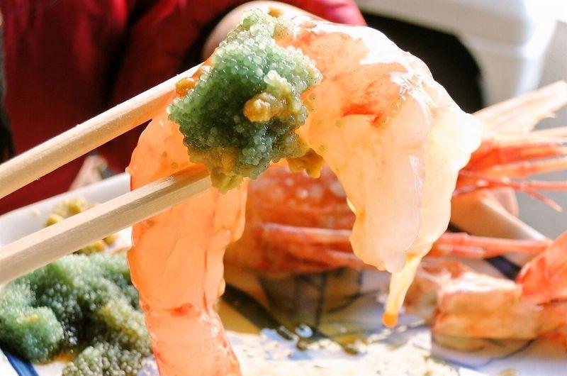 北海道の海鮮を朝から食べ歩き!札幌「二条市場」の楽しみ方