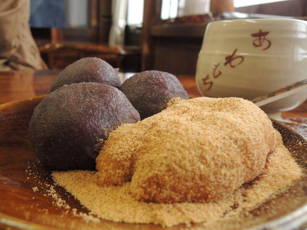 330年以上続く名店、「粟餅所・澤屋」でアワ餅をいただこう!