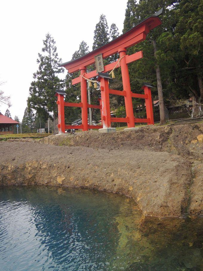 深さ日本一!辰子姫伝説に彩られたコバルトブルーの湖、秋田・田沢湖