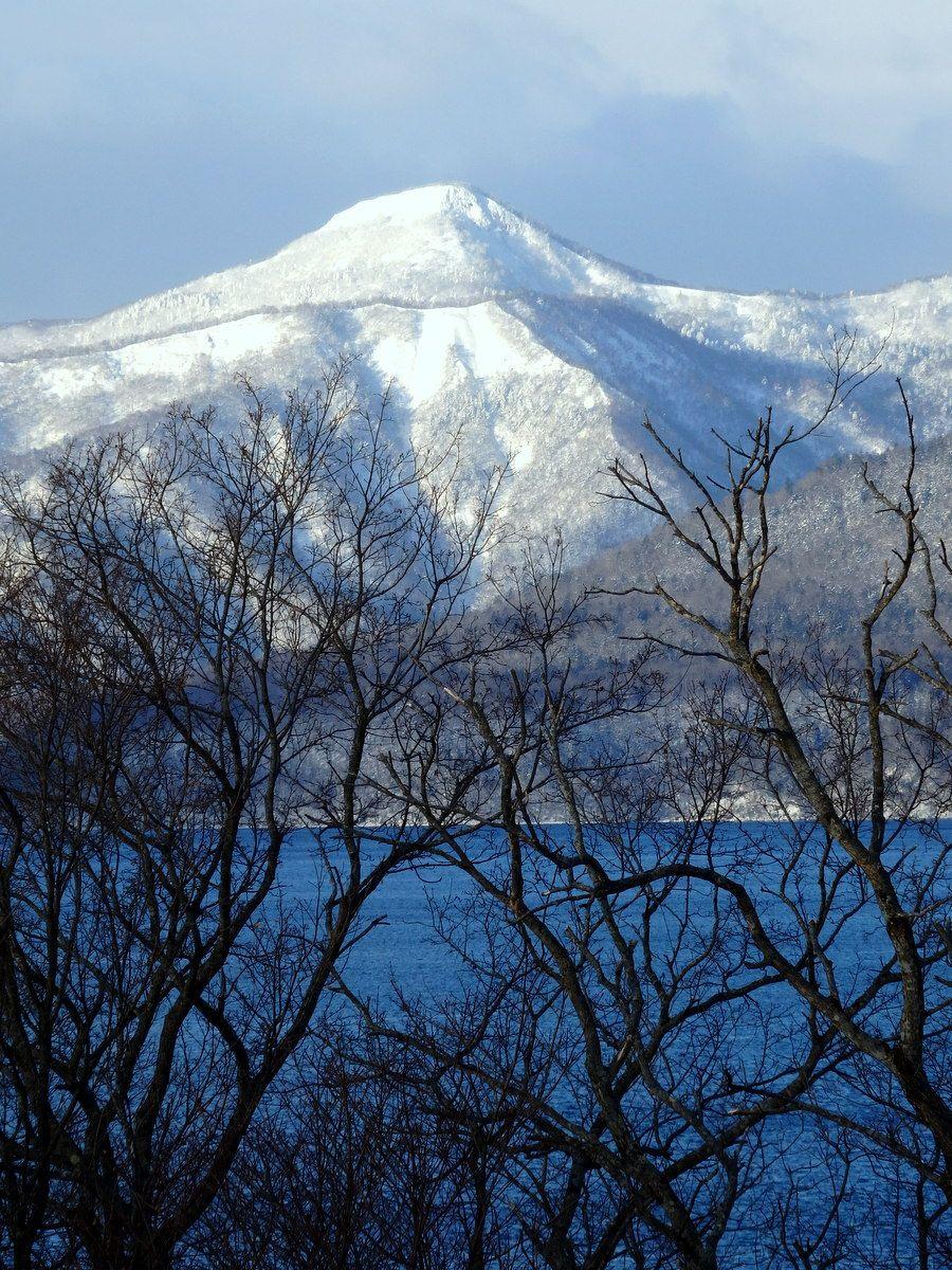寒さ厳しい冬を温泉宿から眺める極上タイム