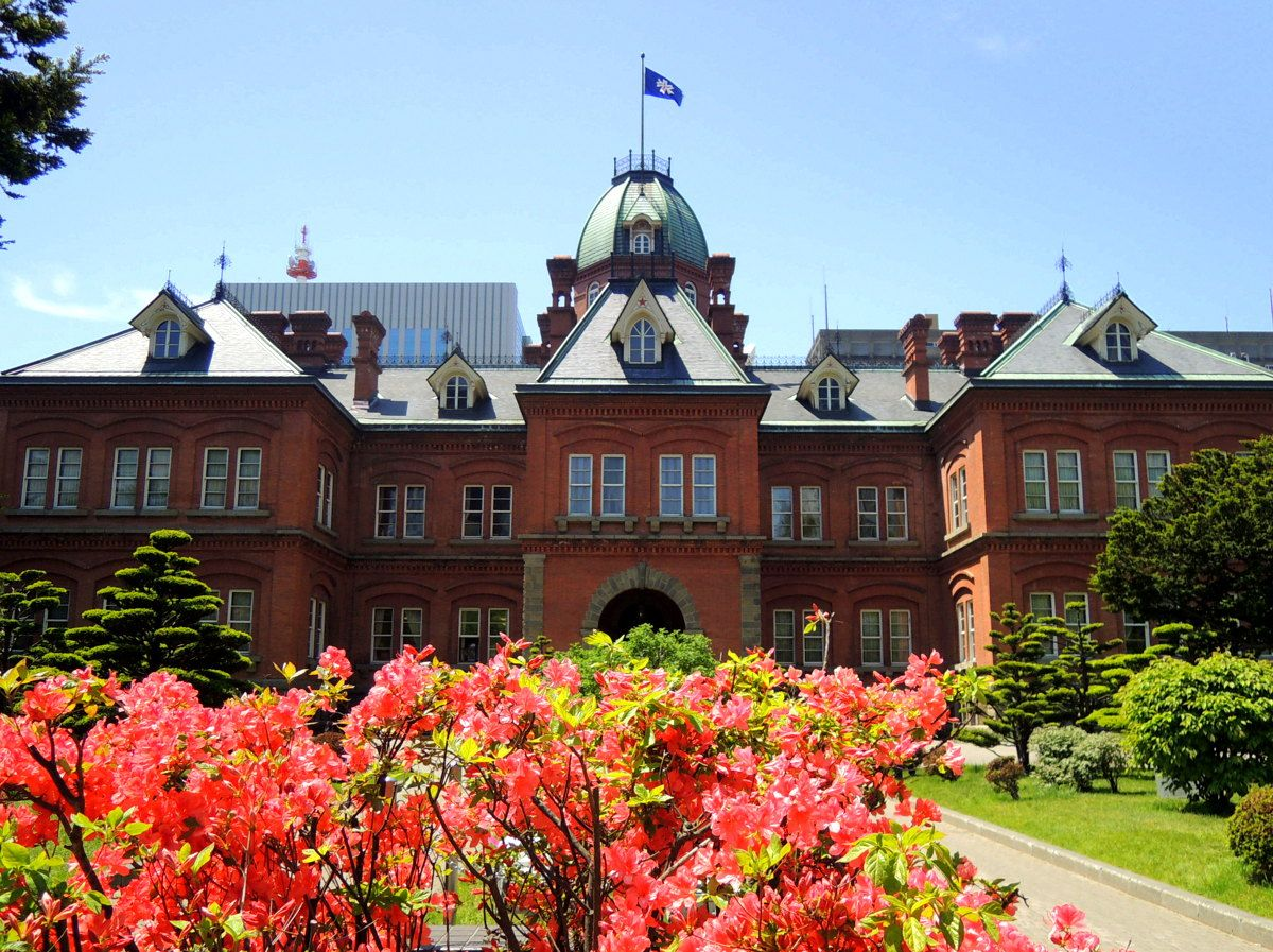 札幌でスターを探せ!開拓のシンボル「五稜星」は北海道遺産やあの有名建築にも!