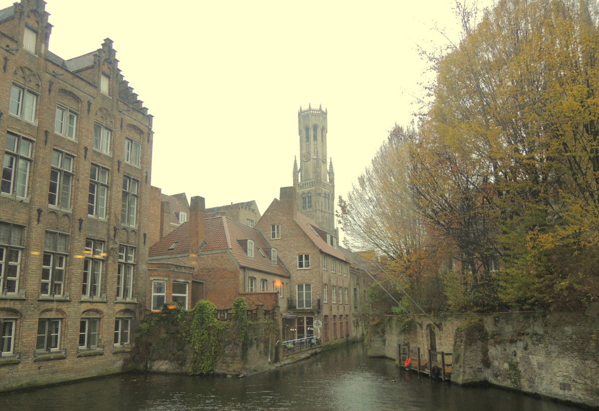 運河クルーズ、街歩き、レストランの窓辺…水の都を満喫