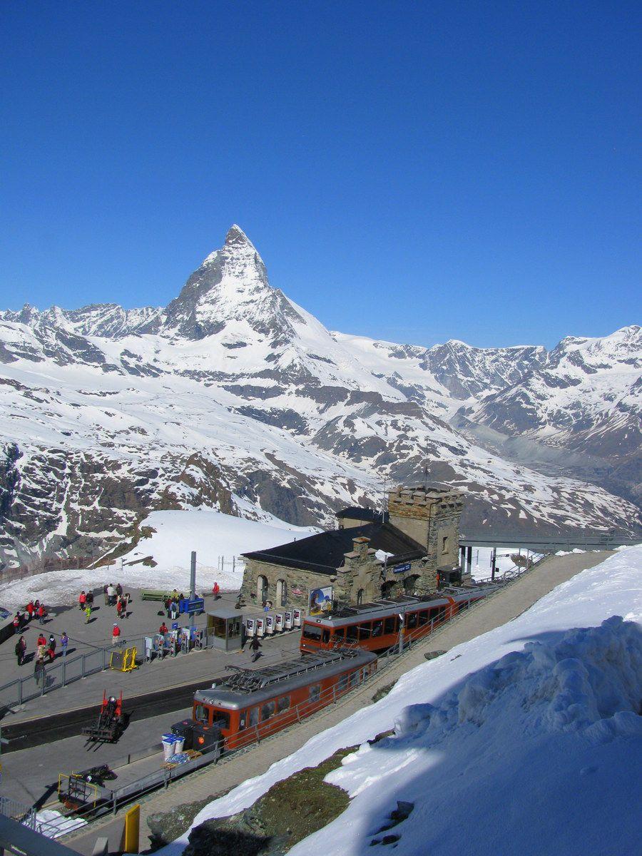 車で行けない街!空気が美味しすぎるスイス・ツェルマットで出会う感動のマッターホルン
