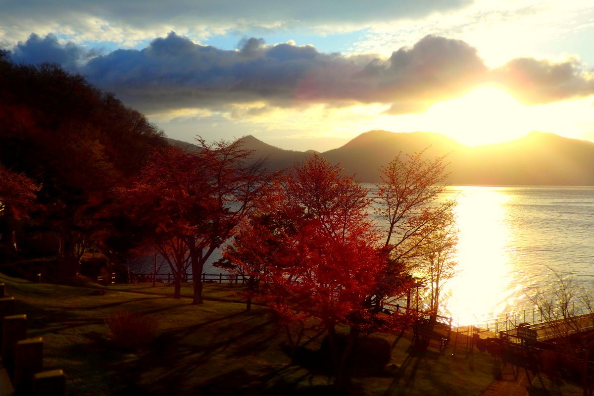 支笏湖の絶景が味わえる一軒宿