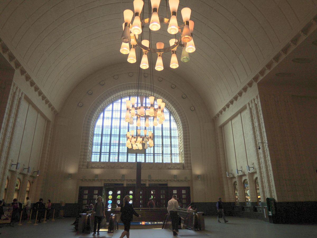 憧れの北欧デザインの世界へ。ヘルシンキ中央駅を拠点に街歩きにでよう