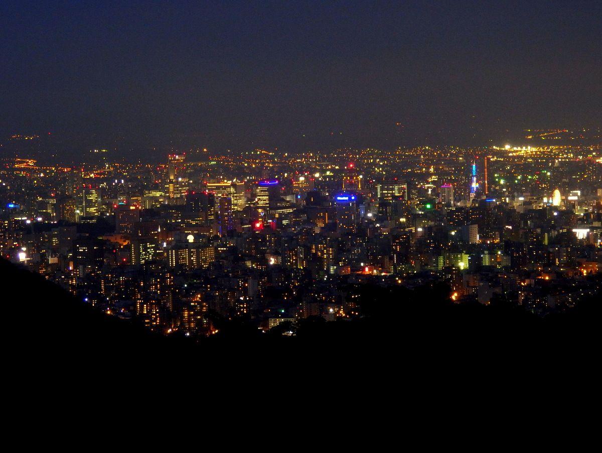 これが「日本新三大夜景」の札幌!きらめく夜景に誰もがうっとり
