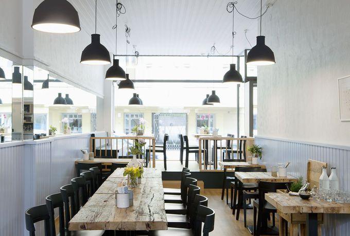 憧れの『かもめ食堂』の世界!オシャレで映画の雰囲気が増した美しい店内