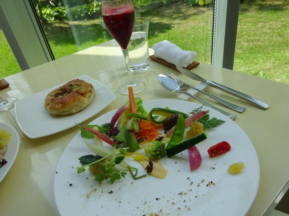 野菜の美しさにウットリ♪ミシュラン掲載のレストラン「アスペルジュ」