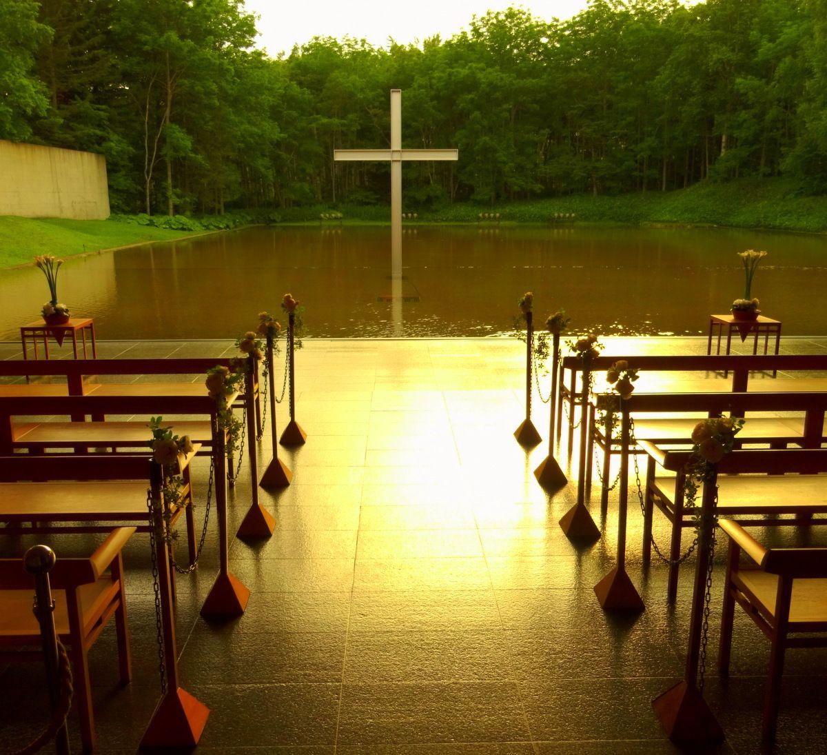 「水の教会」の美