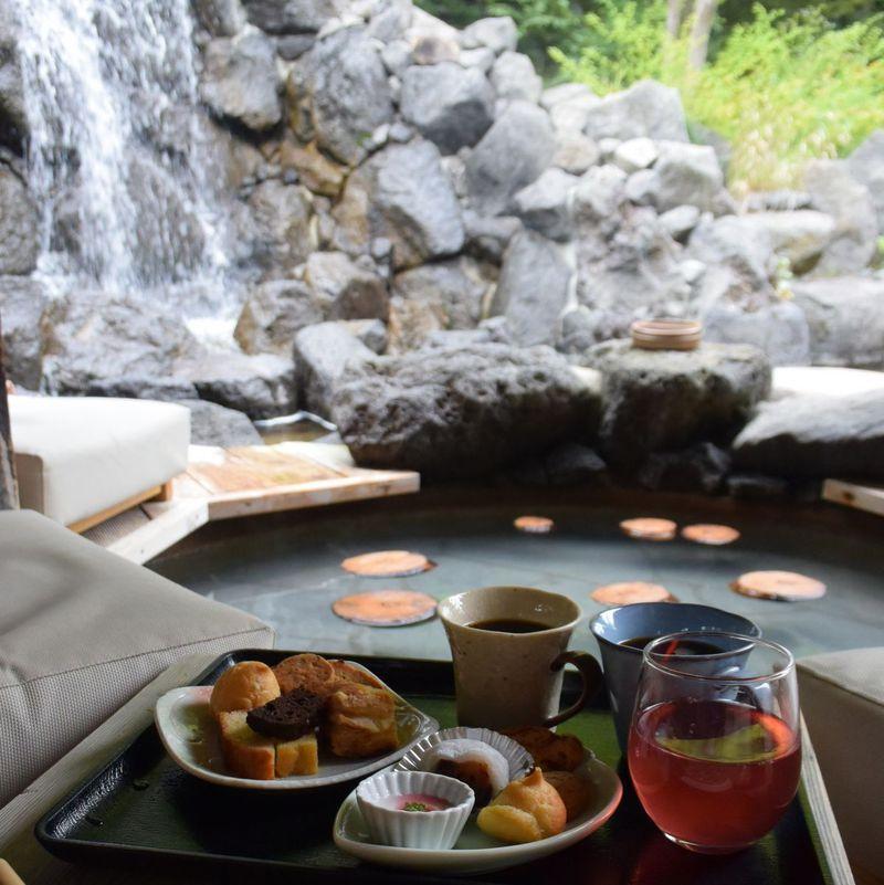 定山渓で足湯おこもり。札幌「心の里 定山」は森林浴&足湯の癒しスポット