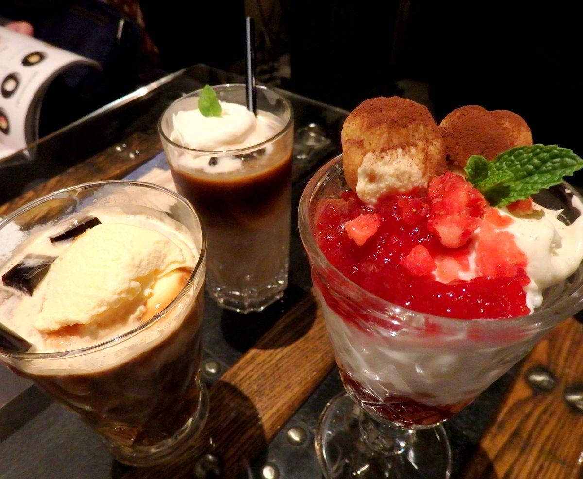 1日目 夜:「ファビュラス」で札幌新定番・締めパフェ