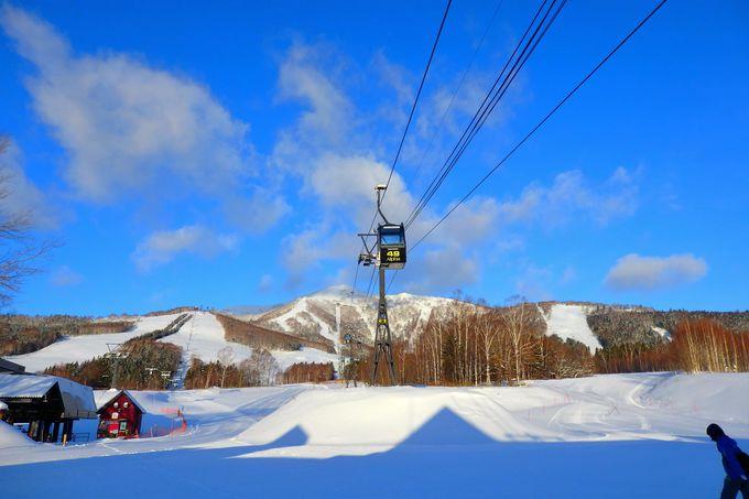 スキーやスノボをしない人でも楽しめる。山の上で絶景に出会える「霧氷テラス」とは