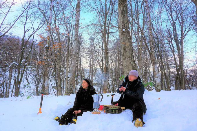 雪山でのカフェタイムはとっておきの非日常タイム