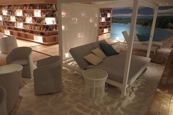 ここが熱海?星野リゾート リゾナーレ熱海で真っ白な砂浜のカフェ発見