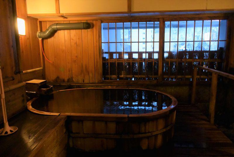 札幌市内の隠れ家温泉・定山渓「ぬくもりの宿ふる川」