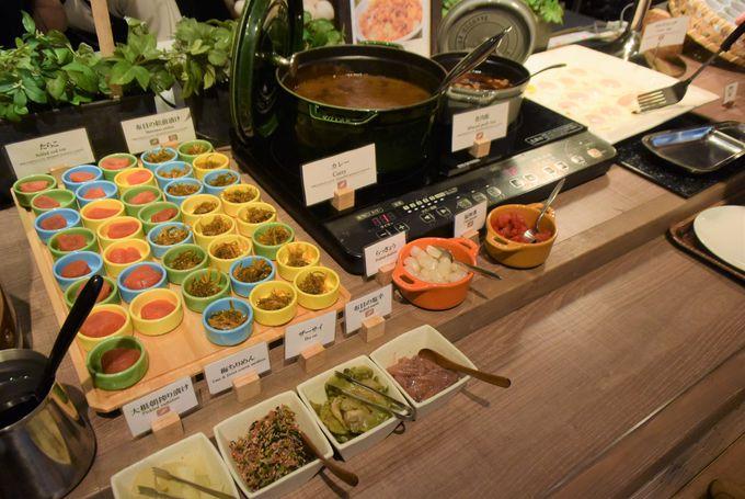 北海道産の食材にこだわった朝食は6時から