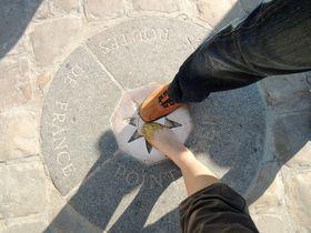 パリから○キロはここが起点!「ノートルダム大聖堂」を大解剖