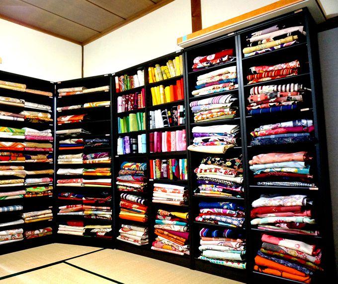 どの色、どの柄、どれにする?ドキドキの着物選びも楽しみの一つ!
