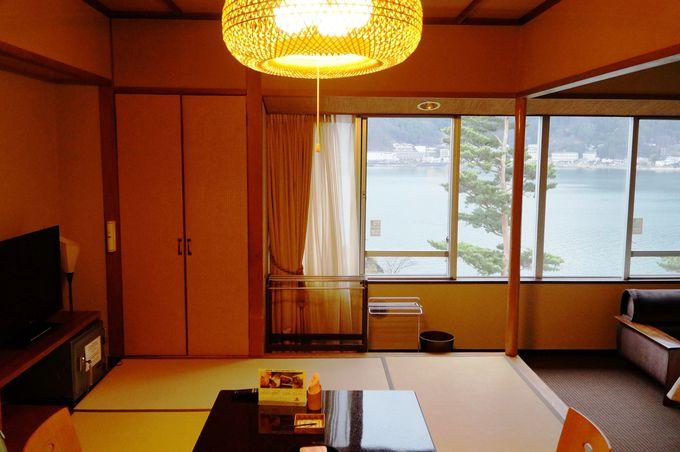 富士山側のお部屋にする?それとも河口湖側のお部屋にする?!