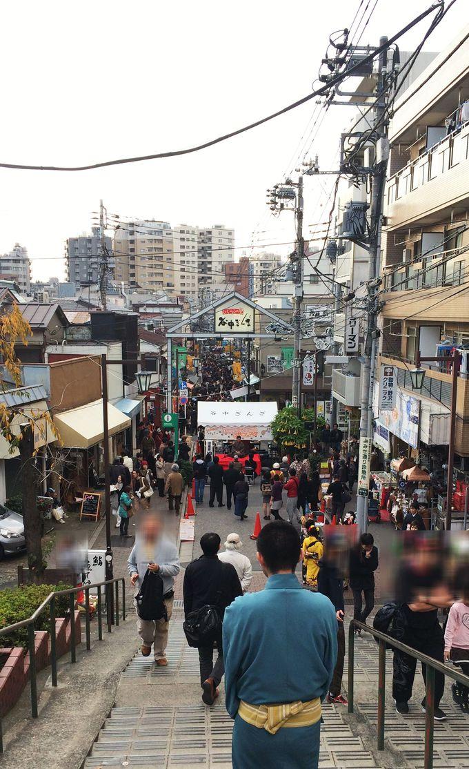 下町の雰囲気がある谷中銀座商店街