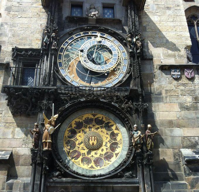 死神のからくり時計と先人の知恵の集結である天体時計