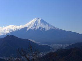 2時間で秀麗富士と360°のパノラマ!山梨・初狩「高川山」|山梨県|トラベルjp<たびねす>
