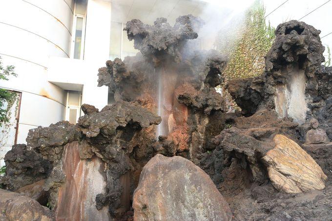 「七湯めぐり」と「温泉まんじゅう」で温泉街観光を満喫