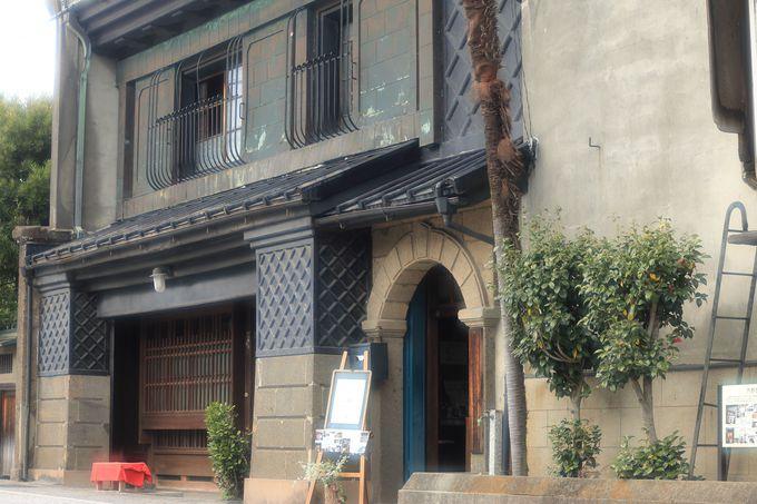 1903年建築の「内野邸」は伝統的な町屋形式の土蔵造り!